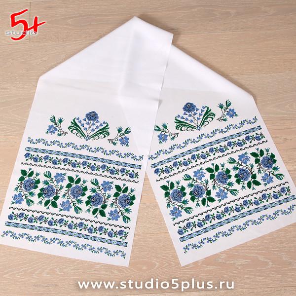 Современный рушник с синими цветами