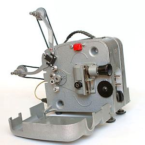 Старый кинопроектор - оцифруй свои кинопленки