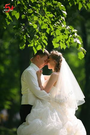 свадьба - нежность молодоженов