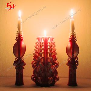 зажжение семейного очага - горящие свадебные свечи