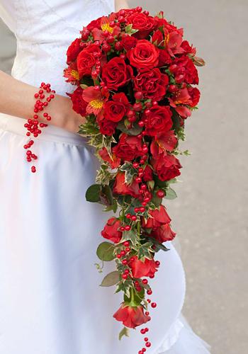 Букет для невесты каскад